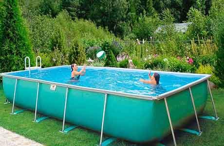Установка бассейнов для отдыха на даче.