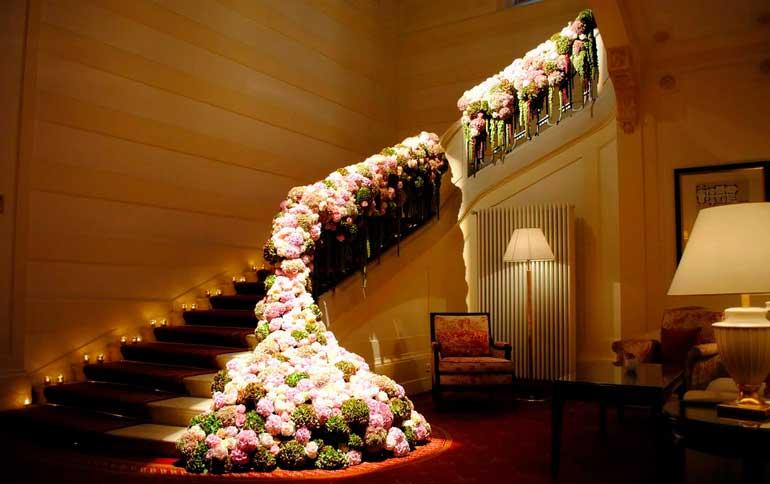 Использование цветов в гостиницах